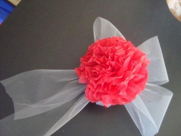 decoration voiture mariage papier crepon
