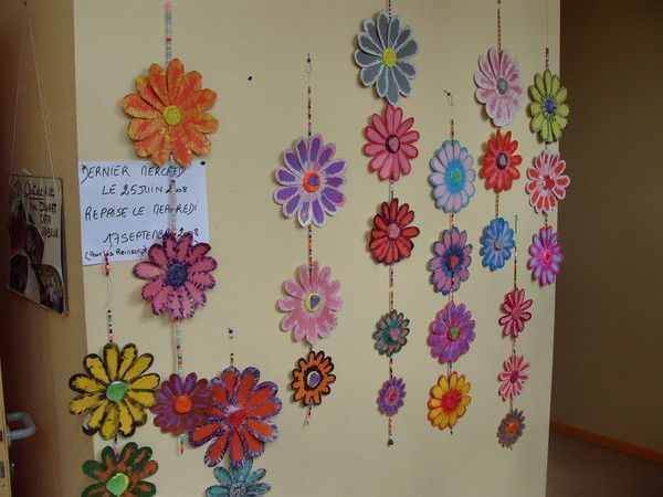 Mes creations suspension fleurs carton - Fleur en carton ...